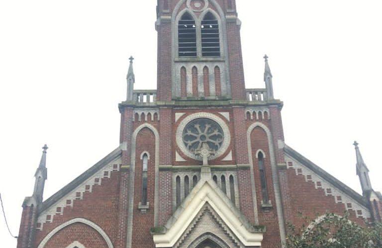 L'église St-Louis est désormais ouverte.